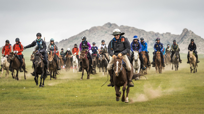 Mongol Derby 2016 start, by Richard Dunwoody